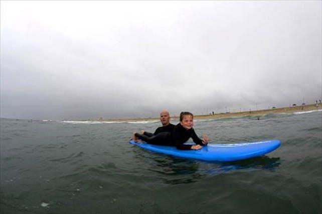 TIARE SURF (北区(札幌市) サーフィン体験)の「【札幌・サーフィン体験】波に乗ろう!保険がついて安心、初心者にもおすすめのサーフィン体験」の画像