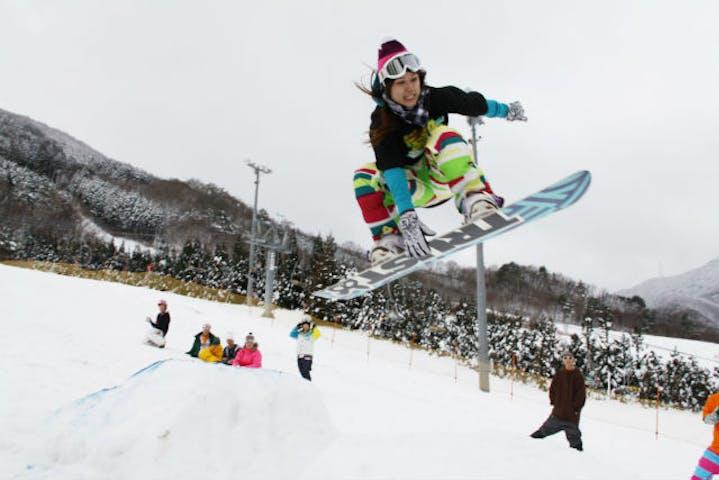 岡山 スノーボード レベルアップ 初心者向け スノーボードレッスン4時間 アソビュー