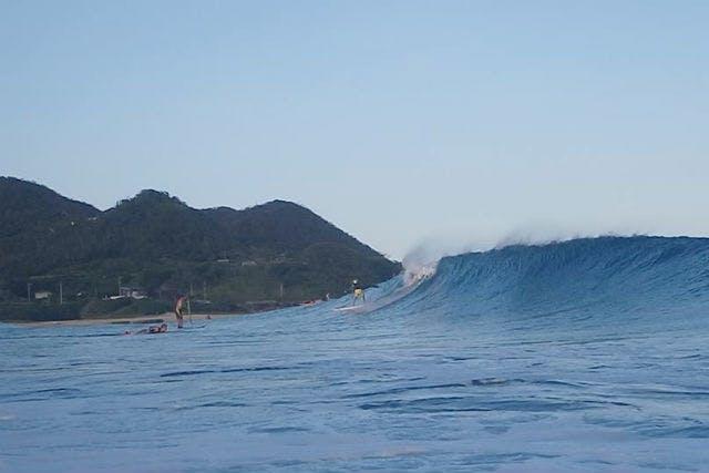 KAZBO Surf and SUP(カズボサーフアンドサップ) (奄美大島・奄美市 サーフショップ・サーフィンスクール その他)の「【奄美大島・サーフィン】ベストなサーフスポットを探すなら、このプラン!サーフガイド」の画像