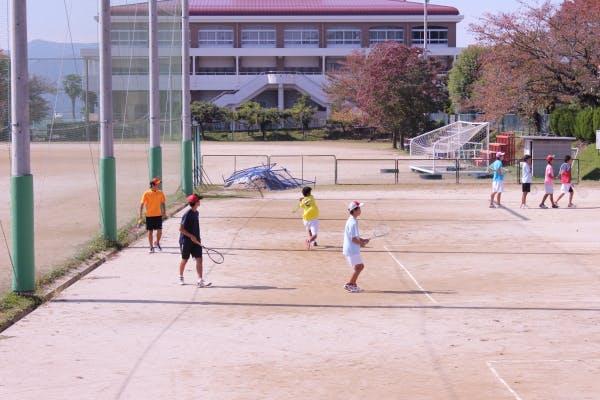 テニススクール