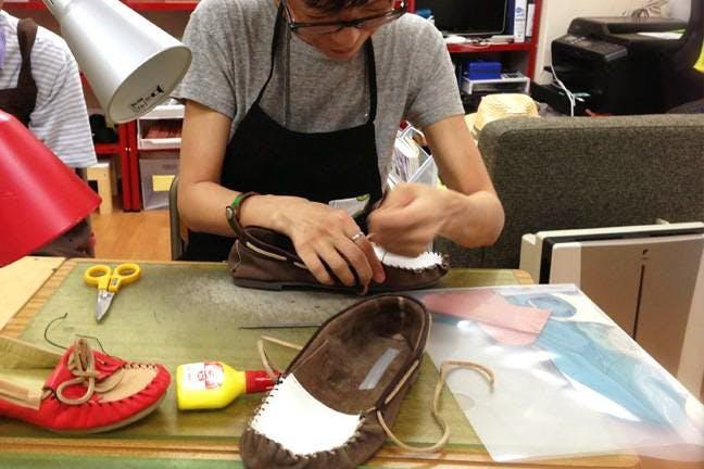 靴作り体験