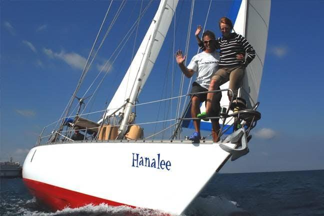 沖縄のヨットクルージング