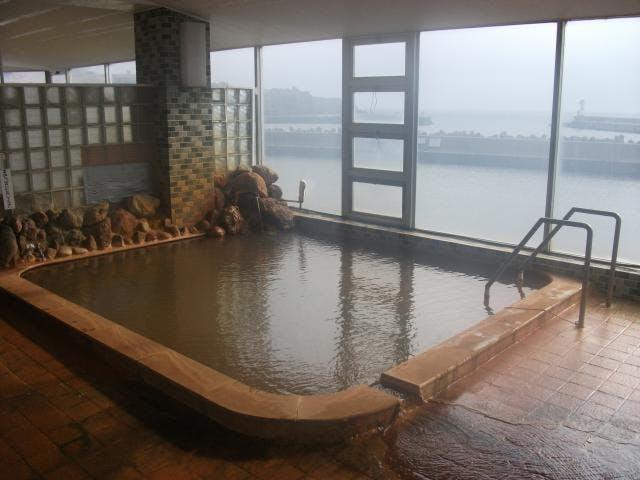 神威脇温泉2階