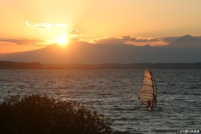 小川原湖の夕日