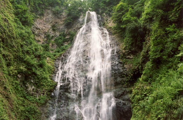 くろくまの滝