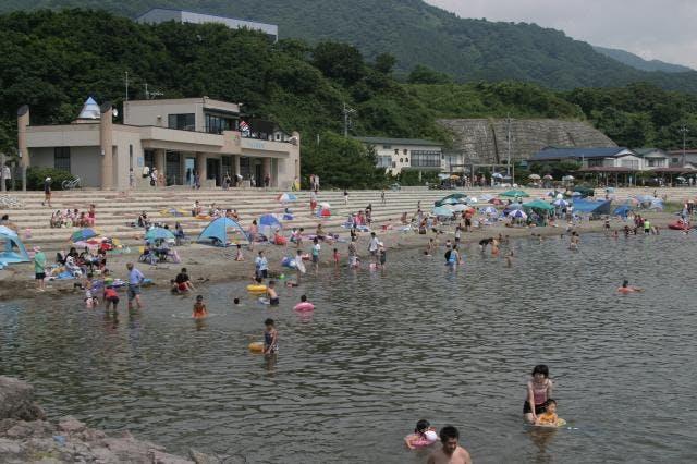 岩館海岸(海浜プール)
