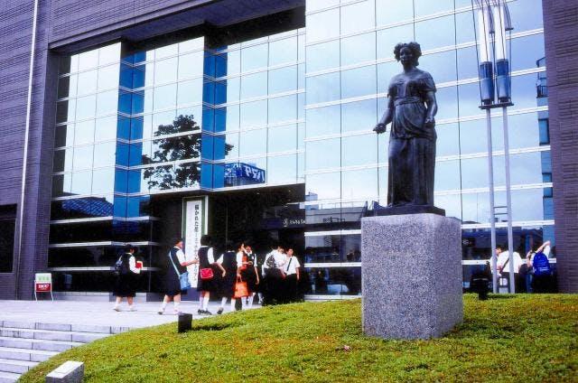 市立美術館外観