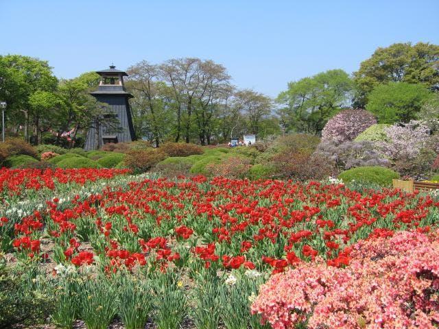 沼田公園の鐘楼