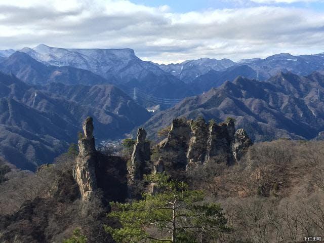 ジジ岩ババ岩と荒船山