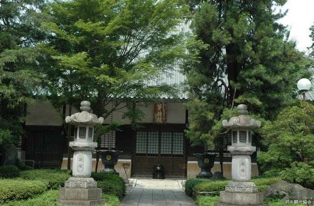 高安寺本堂
