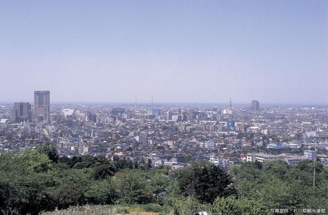 卯辰山より 金沢市内遠景