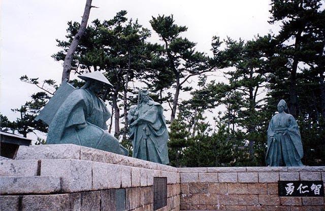 弁慶,富樫,義経の銅像