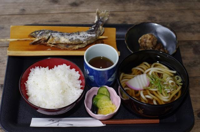 中ノ峠物産販売所(定食)
