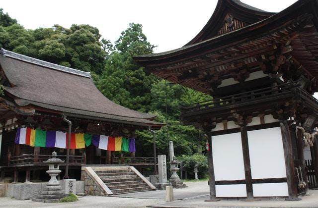 楼門と本堂