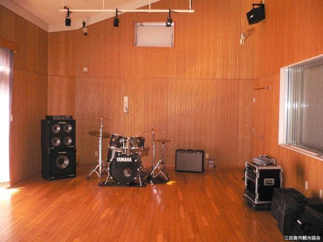 録音スタジオ内部2