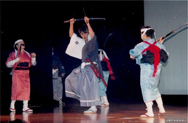 宍喰団七踊り