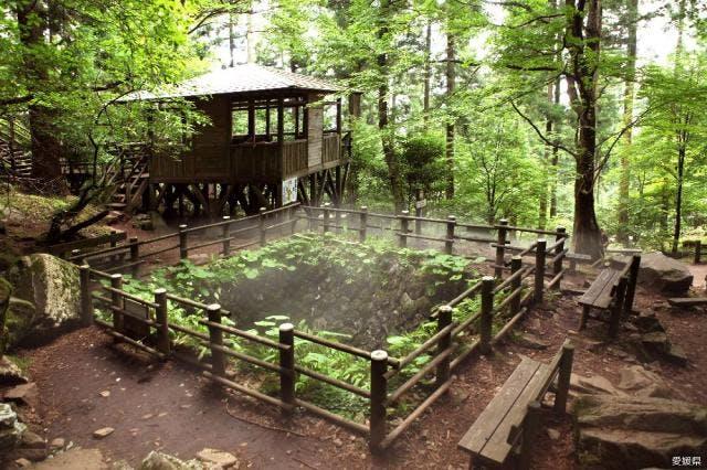 上林森林公園「風穴」