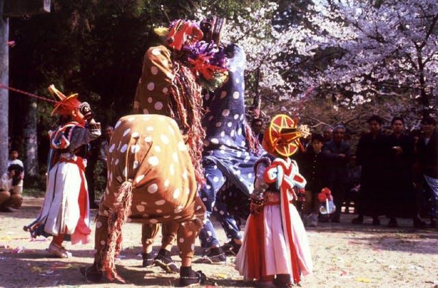 牛原の獅子舞