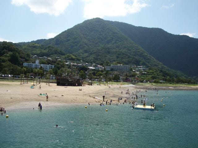 田ノ浦ビーチと高崎山
