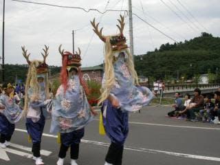 民田山しし踊り